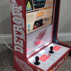 Detroit Redwings (Left)