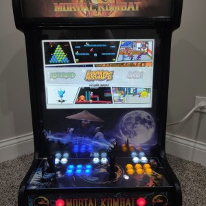Mortal Kombat (Center)